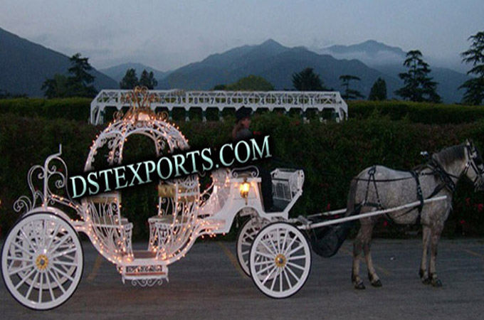 Lighted Cinderella Wedding Carriages