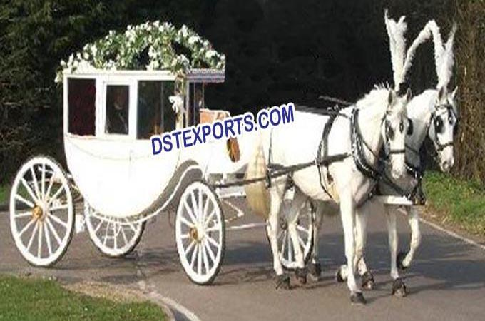 New Wedding Covered Horse Carriages For Sale