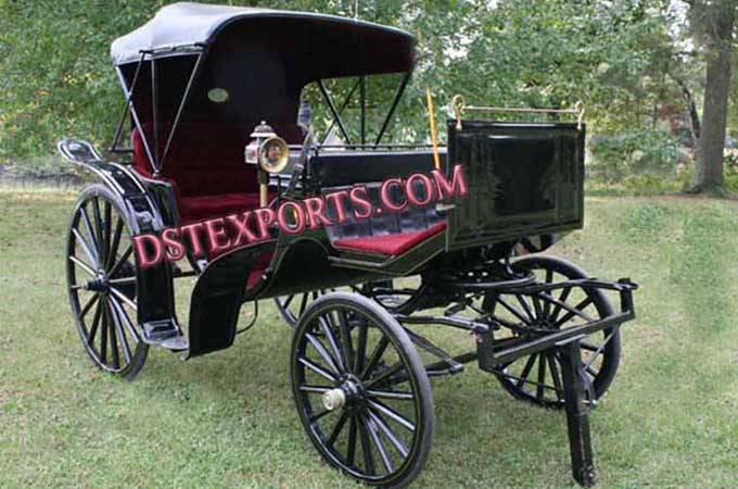 Elegent Black Two Seater Carriages