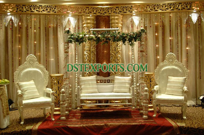 Asian Wedding Pearl Gold Stage