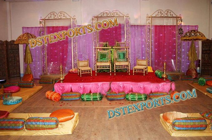 Wedding Beautiful Decorted Mehndi Stage Set