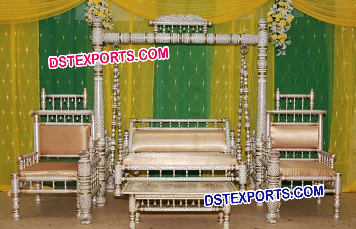 Wedding Sankheda Swing With Chair Set