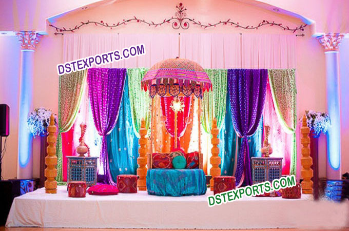 Pakistani Wedding Mehandi Stage