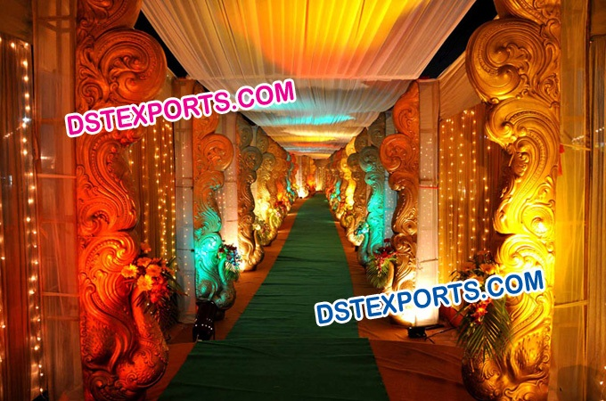 Wedding Walkway Peacock Fiber Statue Pillars