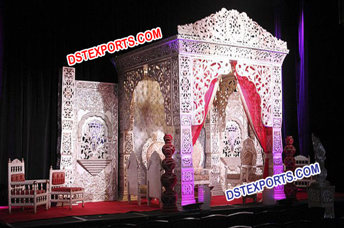 Best Gujrati Wedding Stage Set