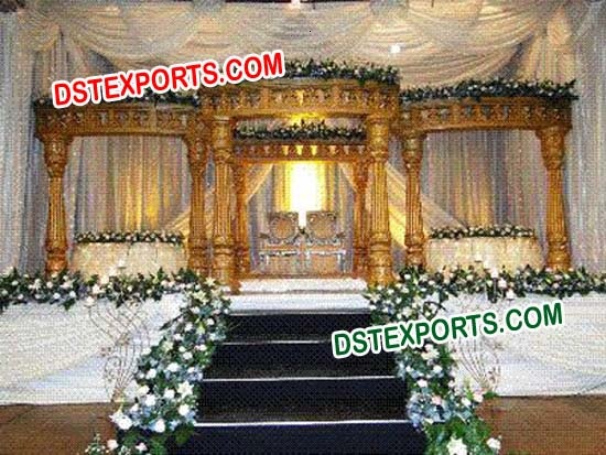 SOUTH INDIAN WEDDING GOLD MANDAP