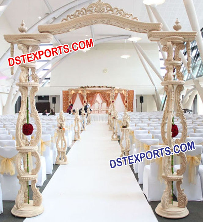 STYLISH WEDDING WOODEN GATE