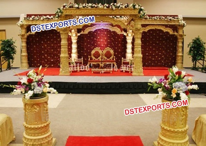 INDIAN WEDDING GOLD DEV MANDAP