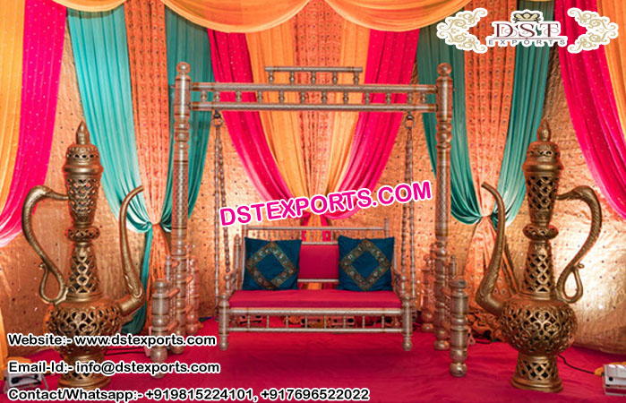 Glamorize Mehandi Stage Swing Decoration