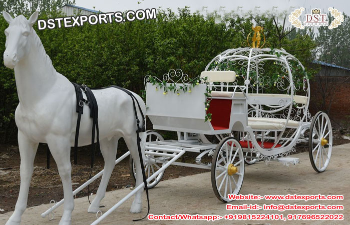 Wedding Photography Carriage & Horse Statue