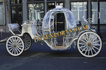 Hotel Touring Cinderella Carriages