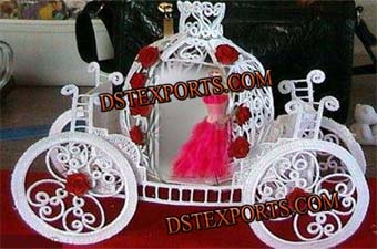 Beautiful Bride Cinderella Carriage