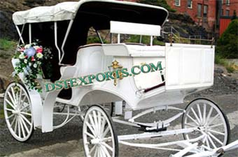 Elegent Wedding White Victoria Horse Carriage