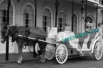 Victoria Carriages For Tourists