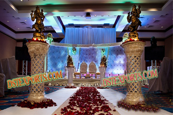 Golden Pillars For Night Wedding Aisle Way
