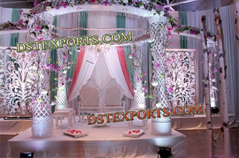 Latest Wedding Crystal Mandap Flower Dcoration