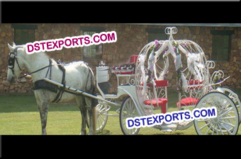 Christmas White Cinderella Horse Carriage