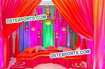 Amazing Decoration For Mehndi Stage