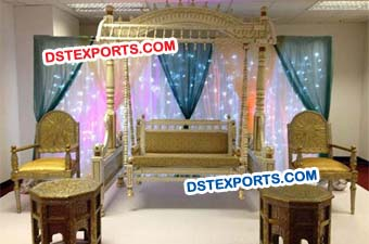 Mehndi Stage Swing Set