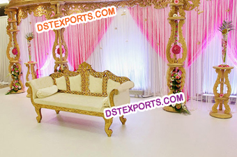 Exclusive Wedding Wooden Stage Set