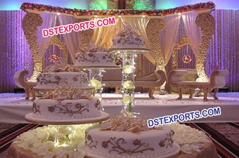 Asian Wedding Wooden Pillar Stage Set