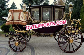 Royal Gold Black Horse Carriage