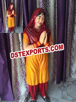 PUNJABI LADY WELCOME SATATUE