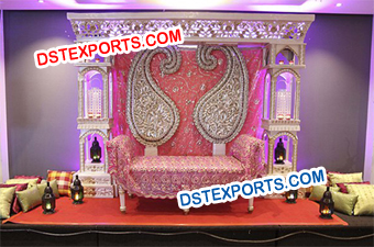 Stylish Bollywood Wedding Paisley Stage