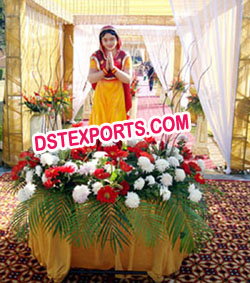 PUNJABI WEDDING WELCOME LADY