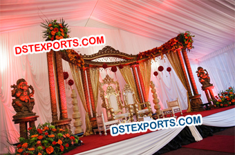 Asian Wedding Wooden Pillar Half Moon Stage