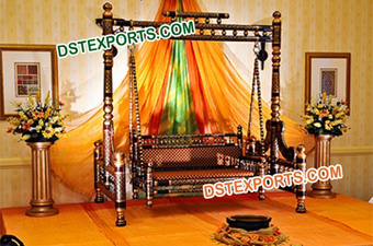Black Golden Jhula For Mehndi Stage