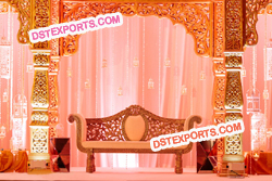 MAHARAJA WEDDING GOLD STAGE