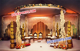 Fabulas Wedding Wooden Swan Mandap