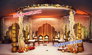 Wedding Wooden Swan Mandap