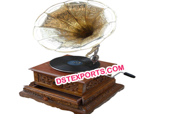 Handicraft Wooden Gramophone