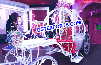 Grand Bride Entrance Wedding Carriage