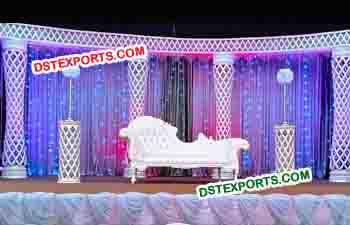 Diamond Balls Fitted Pillars Stage