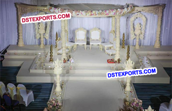 Simple Elegant Wooden Ganesha Mandap