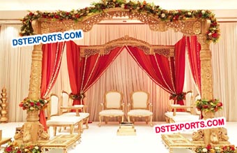 Stylish Wooden Mandap