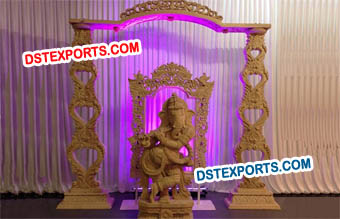 Wooden Ganesha Statue Decoration