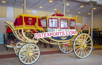 Beautiful Royal Ancient Horse Buggy