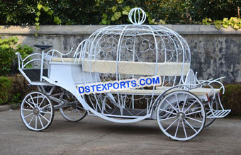 Elegant White Cinderella Horse Carriage