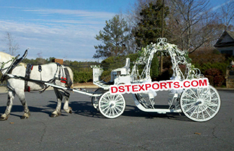 Beautiful White Cinderella Horse Carriage