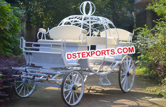 Elegant Cinderella Horse Carriage Buggy