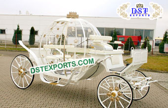 White Beauty Queen Cinderella Horse Buggy