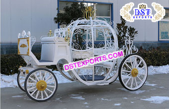 Barbie Wedding Cinderella Horse Carriage