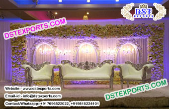 Beautiful Wedding Oval Panels Stage Decor
